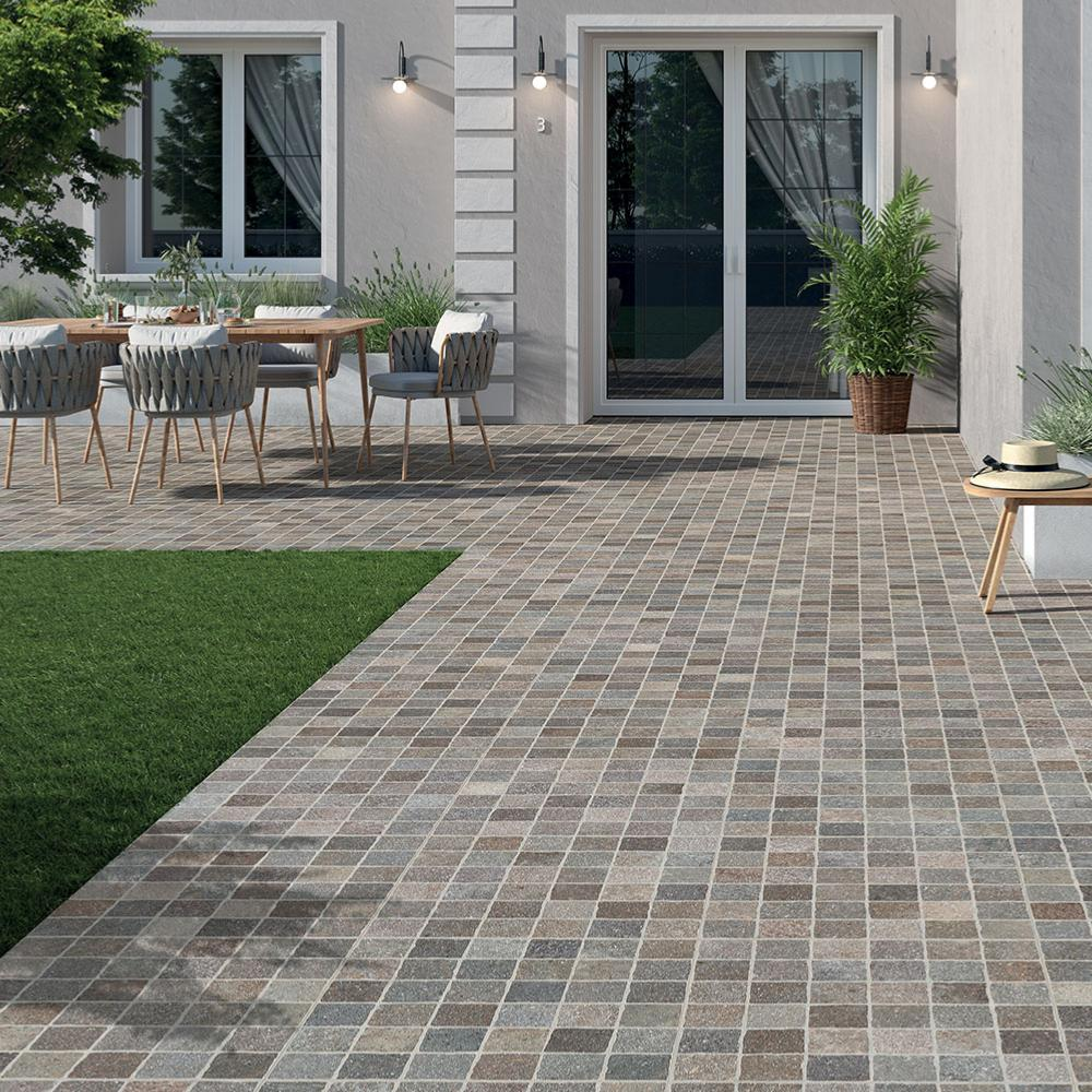 Carrelage terrasse effet pavé 60,5x60,5 Bruno Lineare Grip Nat collection Aurelia Rondine