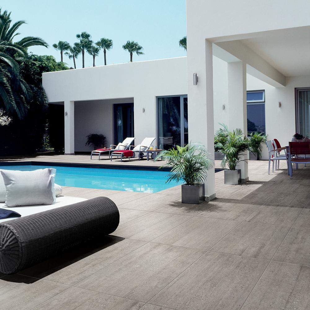 carrelage tour de piscine et terrasse. Black Bedroom Furniture Sets. Home Design Ideas