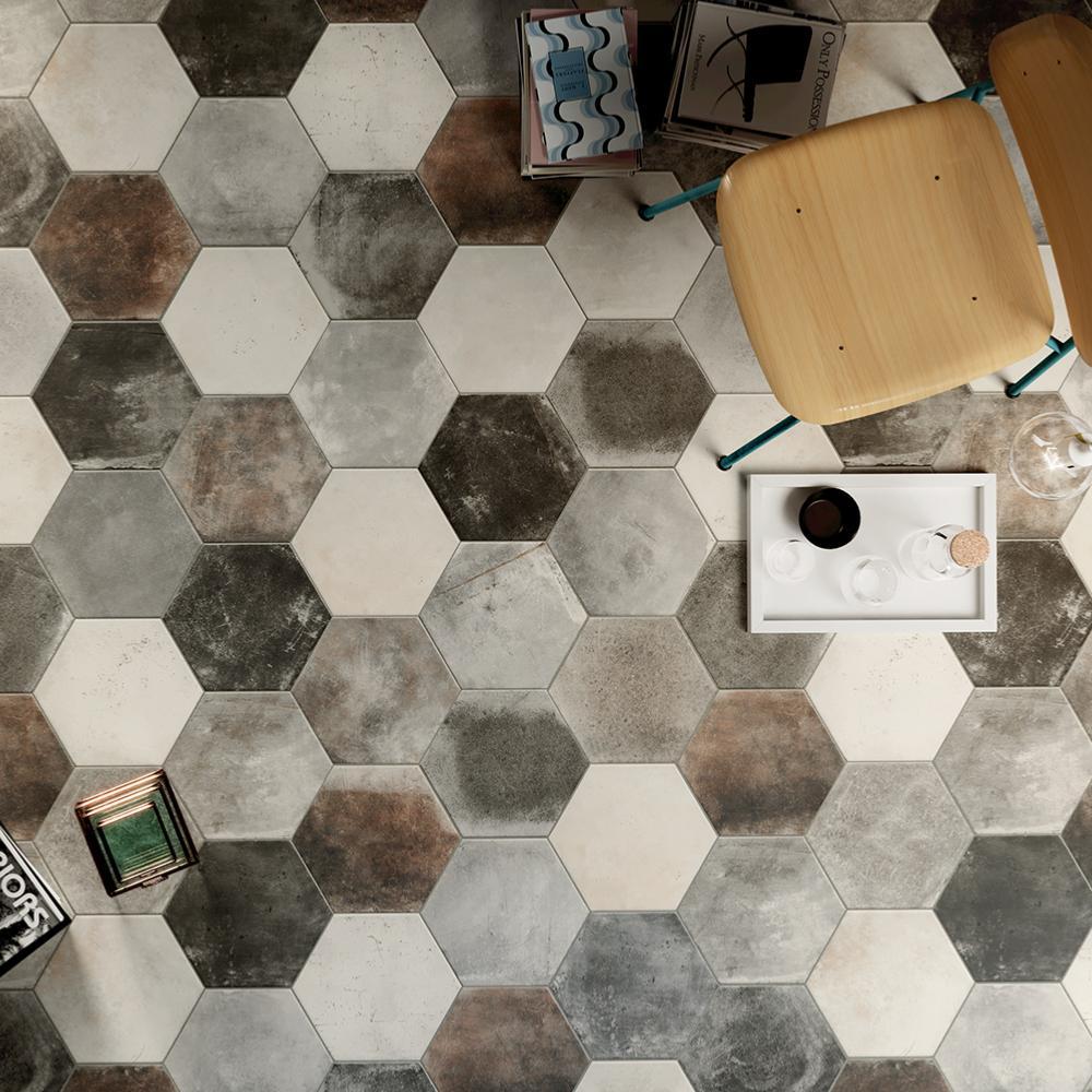 Carrelage sol hexagonal effet carreaux de ciment 9x9,9 Pitch Black  Naturel, collection Miami Cir